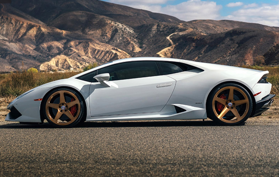 my first lambo the white bull aka huracan vorsteiner. Black Bedroom Furniture Sets. Home Design Ideas