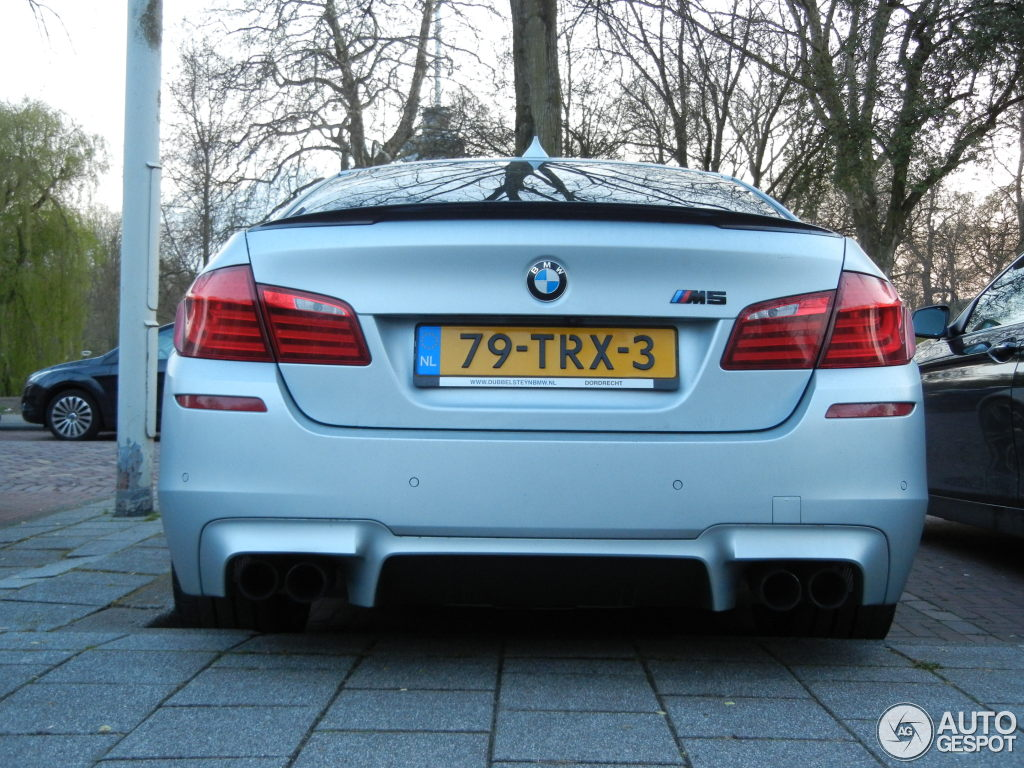 Frozen Silver M5 F10 Fitted With M Performance And Blacked