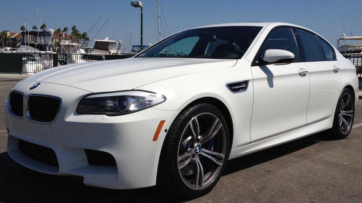 """BMW San Rafael >> 2013 M5 OEM Wheels 20"""" with 192 mi on them"""