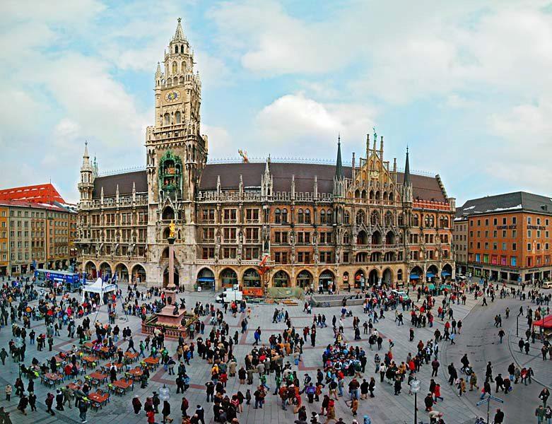 Name:  Marienplatz3279647691965_569965791_n.jpg Views: 2984 Size:  125.8 KB