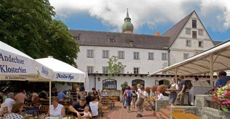 Name:  Kloster Andrechs  10_by_andechs_kloster_biergarten_roland_rossner_3_452x.jpg Views: 2586 Size:  33.9 KB