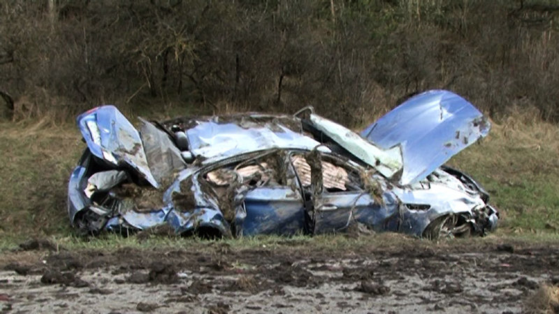 Name:  m5accident2.jpg Views: 203543 Size:  98.8 KB