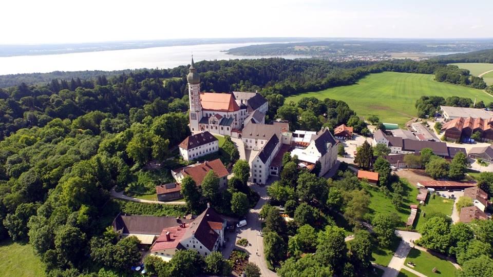 Name:  Kloster Andrechs11406952_10153334956172383_5282984285131791715_n.jpg Views: 2558 Size:  101.7 KB