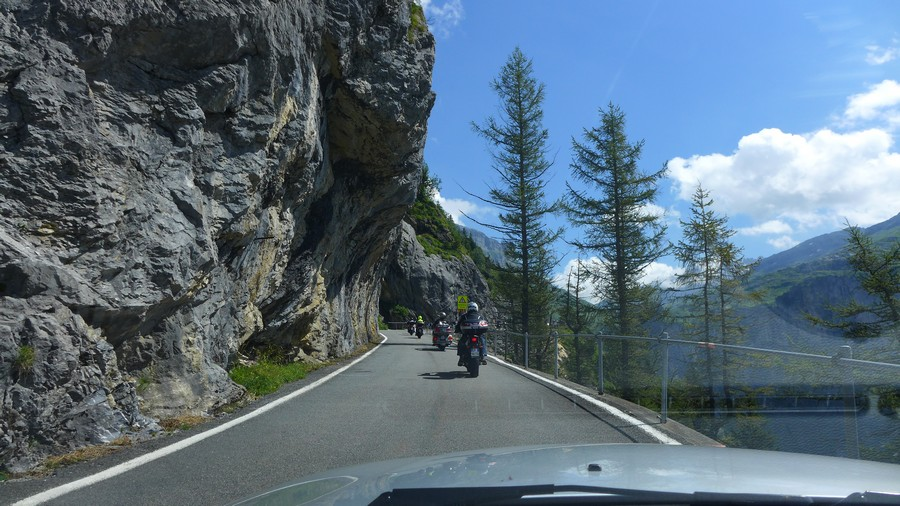 Name:  Furka Pass  P1080556.jpg Views: 1766 Size:  189.9 KB