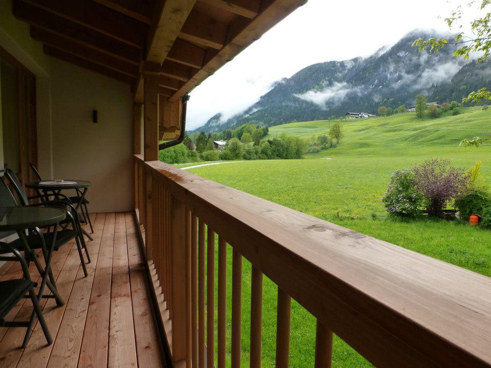 Name:  SchlossBlick Hotel near Kufstein, Austria599462_10151643354386171_1357125858_n.jpg Views: 5368 Size:  101.0 KB