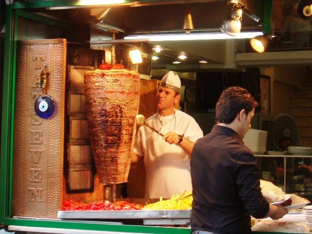 Name:  Doner_kebab,_Istanbul,_Turkey.JPG Views: 3065 Size:  153.4 KB