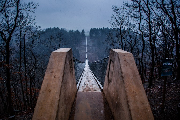 Name:  suspension bridge hängeseilbrücke geierlay  0406-Gemma-Geierlay-Germany's-Longest-Suspension-Bri.jpg Views: 3412 Size:  136.9 KB