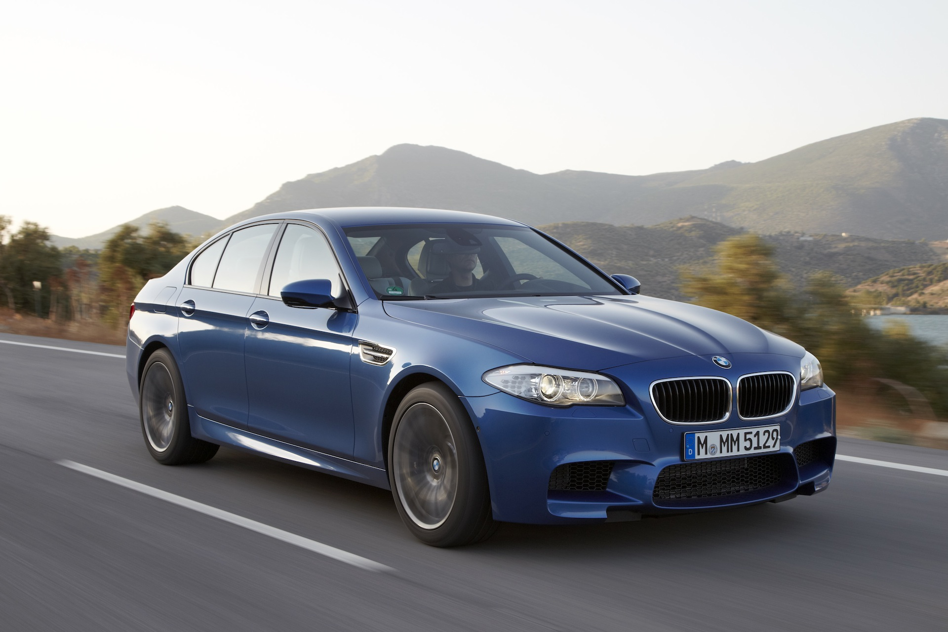 2012 bmw m5 f10 wallpapers official information specs reviews and videos. Black Bedroom Furniture Sets. Home Design Ideas
